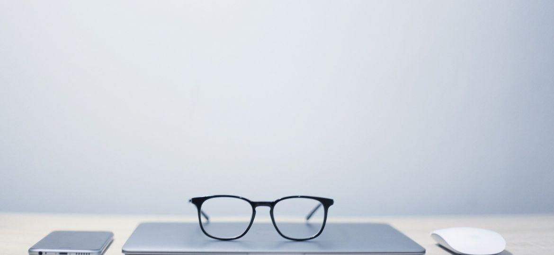 glasses-2947708_1920