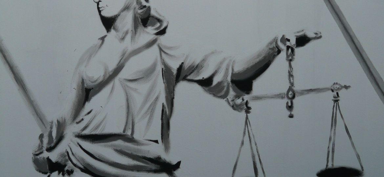 representação da justiça. imagem relacionada com o tema da transcrição jurídica